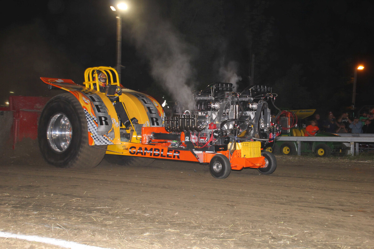 Thunder In The Sticks - Truck and Tractor Pull
